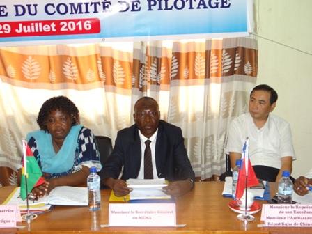 La coordonnatrice du projet Sanata Sawadogo/Congo (gauche) s'est réjouie de la qualité des débats lors de la rencontre