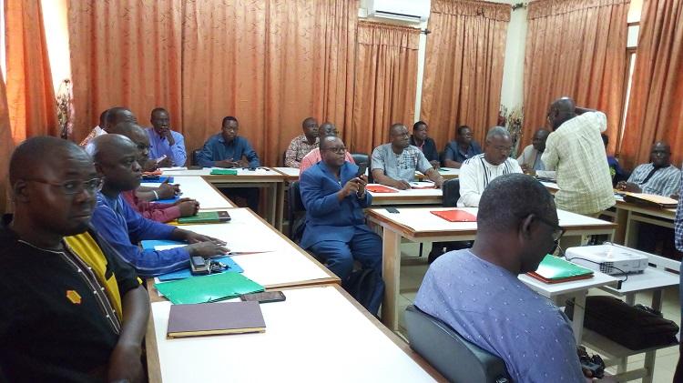 Les participants à la formations sur le contrôle fiscal des opérations complexes