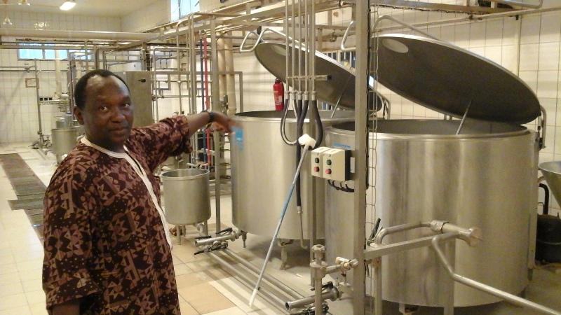La laiterie de Fada a une capacité de production de 3000 litres par jour.